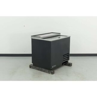 "True T-36-GC 36"" 180-Mug Black Vinyl Glass and Plate Chiller"