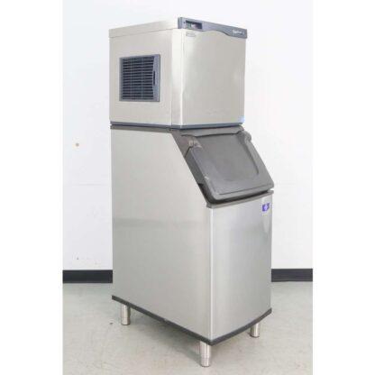 Scotsman C0322MA-1B 356 lb. Air Cooled Medium Cube Ice Machine w/D420 383 lb. Ice Bin