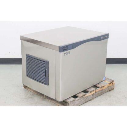 Scotsman CO330MA-1C 400 lb. Air Cooled Medium Cube Ice Maker Head