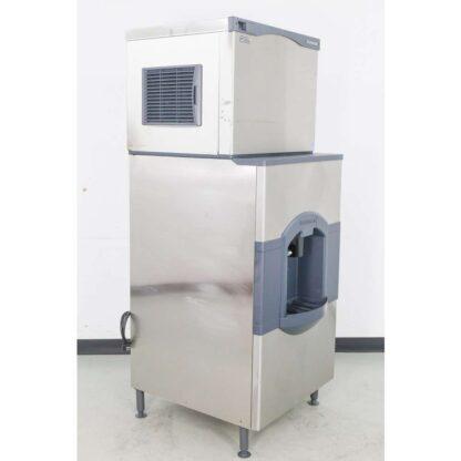 Scotsman CO330MA-1C 400 lb. Air Cooled Medium Cube Ice Maker w/HD30W-1H 180 lb. Ice & Water Dispenser