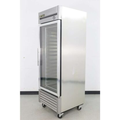 True Manufacturing T-23G-LD-R 16 Pan Proofer Cabinet
